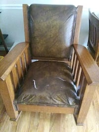 Antique rocking chair Winchester, 22602