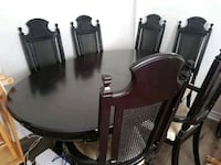 dinning table  Cobourg, K9A 1K6