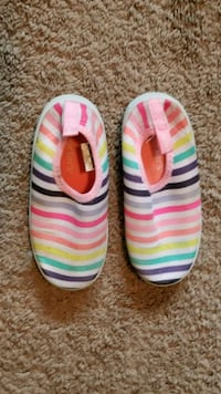 Girls Size 11 Water Shoes Hardly Worn Rochester, 14624