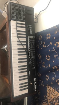 M-Audio code 49 electronic keyboard