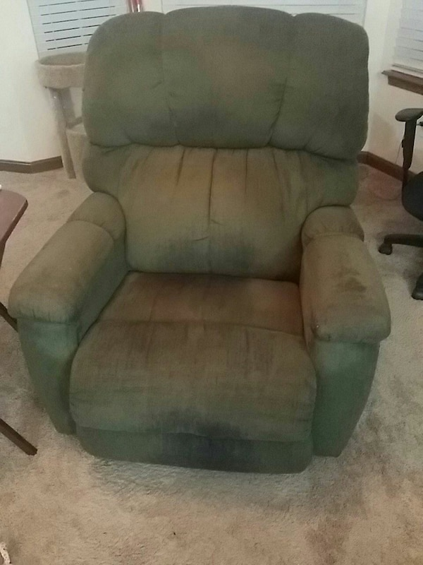 Surprising Used Gray Fabric Recliner Sofa Chair For Sale In Perry Letgo Pabps2019 Chair Design Images Pabps2019Com