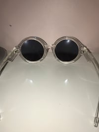 Silver-colored framed sunglasses Burnaby, V5G 2P1