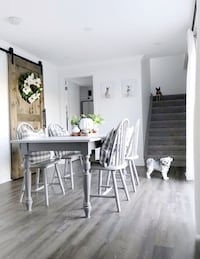 Farmhouse Dining Table and 5 chairs.  Douro-Dummer, K0L 3A0