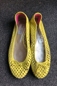 Jimmy Choo flats Shoes. Yellow perforated leather. 37.5 7.5 Toronto, M4M 1X1