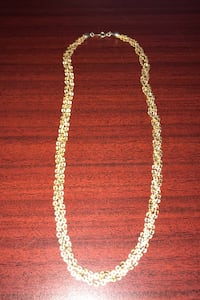 Gold tone necklace , T6S 1G3