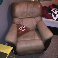 brown leather recliner sofa chair London, N5W 5P7