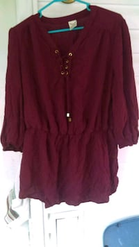 maroon button-up long sleeve shirt Corryton, 37721