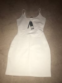 white and black sleeveless dress Markham, L3P 0R6