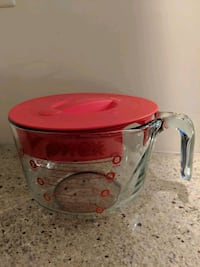 Pyrex Jug with Lid Vancouver, V5N 0A6
