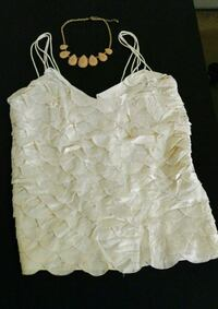 Cute Top & Necklace Las Vegas, 89121