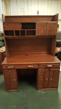 brown wooden computer desk with hutch Jacksonville, 32257