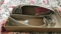 pair of gray leather flats Rio Rancho, 87124