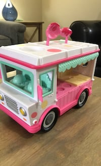Ice cream truck toy for kids