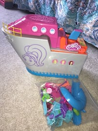 Polly Pocket Cruise Ship with Furniture & Accessories Fall River, 02720