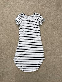 white and black stripe scoop-neck dress Virginia Beach, 23451