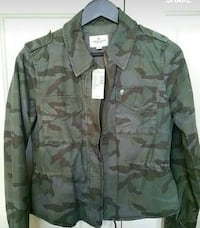 Brand New With Tags Ladies American Eagle Camo Jacket Size Small London, N6G