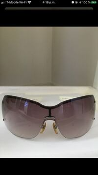 Authentic sunglasses Gucci Dumfries, 22026