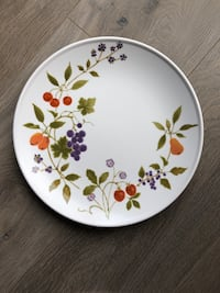 Vintage Noritake Berries n Such Plates 4 dinner 4 salad Surrey, V4N 0C7