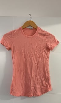 Pink Wilfred tshirt Vancouver, V5W 2T1