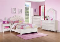 Twin pink and white bed with rhinestones  Bellair, 32073
