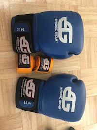 Boxing gloves (14 oz) & hand wrap Los Angeles, 90006