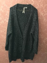 Stunning Long Sweater  Barrie, L4N 7M2