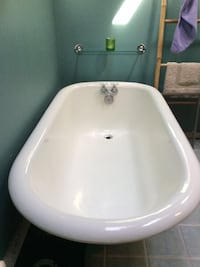 Vintage Claw Foot Tub-Must Go!  Chester, 06412