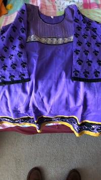 purple and white floral shorts Chantilly, 20152