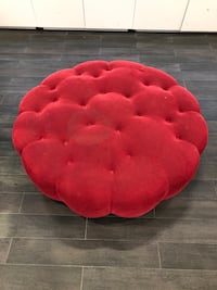 2 Red ottomans