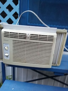 white window type air conditioner