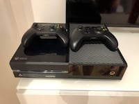 console Xbox One nera con due controller Binasco, 20082