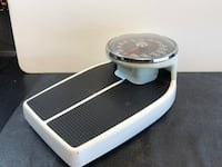 Health O Meter 160 Professional Health Weight Scale. 350 Capacity. Used but in good condition  San Antonio, 78245