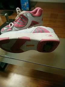 Yibeier roller Shoes SIZE 8