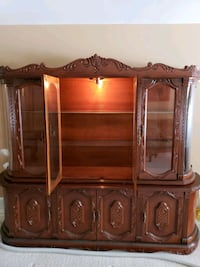 Solid Wood Cabinet Simcoe County, L0L 2T0