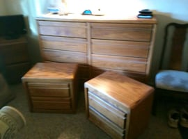Dresser with end tables