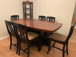 Solid Wood Dining table & 6 dining chairs