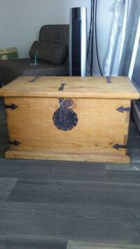 Pier One Mexican Hope Chest Surrey, V3S 3T1