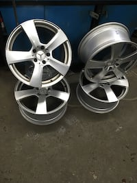 Gray 5-spoke mercedes-benz wheel set Vaughan