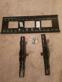 """Wall mount for tv 48"""" to 60"""" Barrie, L4N"""