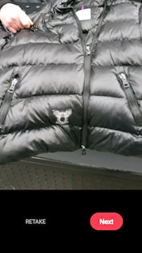 Black down puff winter jacket, In store $1850.00, s/med  fit med/l 100 Toronto, M5T 1H4