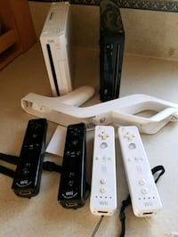 2 Wii 's and games , V4M 4G9