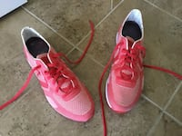 New Rare red Converse Cons shoes size US 10.5 (7 pics) Ottawa, K1T 0K4