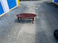 oval brown wooden coffee table Columbus, 31906