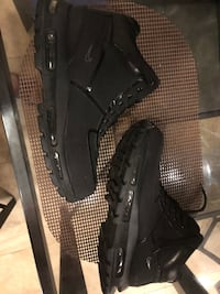 Black Nike Boots men size 8