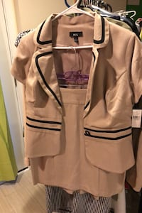 Skirt and jacket NEW large Junior fits about a size 10 Temple Hills, 20748