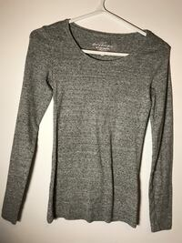 Grey long sleeve top from H&M. Size small