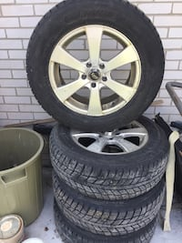 Winter tires 235 65 r 17 excellent condition  Whitchurch-Stouffville, L4A 1G2