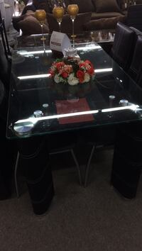 Table with 4 chairs special price Memphis, 38115