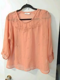 Orange blouse Regina, S4R 3N9