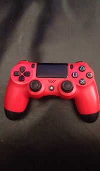 Red PS4 Controller Good Condition New Westminster, V3M 4W3